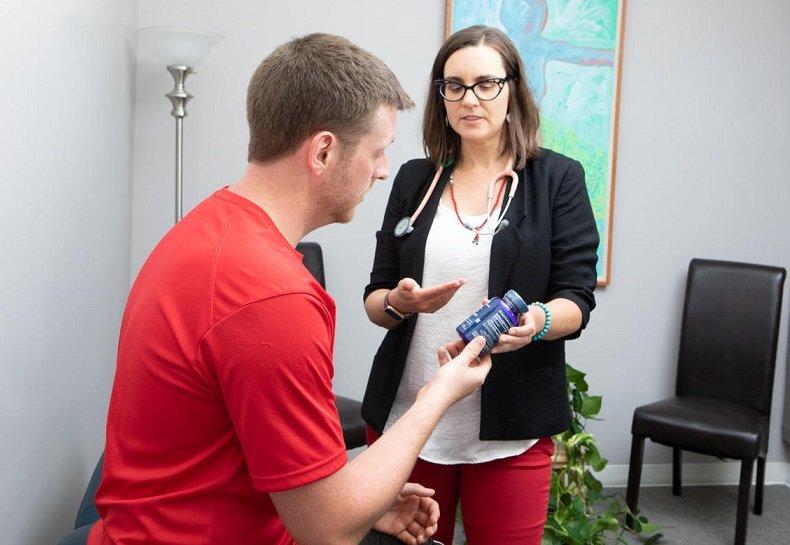 Katie Oneil Seeing Patient In Office Jacksonville- L